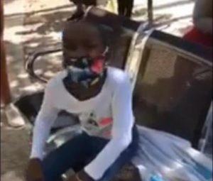 (VIDEO) Niña con bacteria en la cabeza solicita ayuda para tratamiento tras ser rechazada en el Robert Reid
