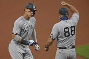 Judge impulsa con sencillo el triunfo de los Yankees sobre los Rays