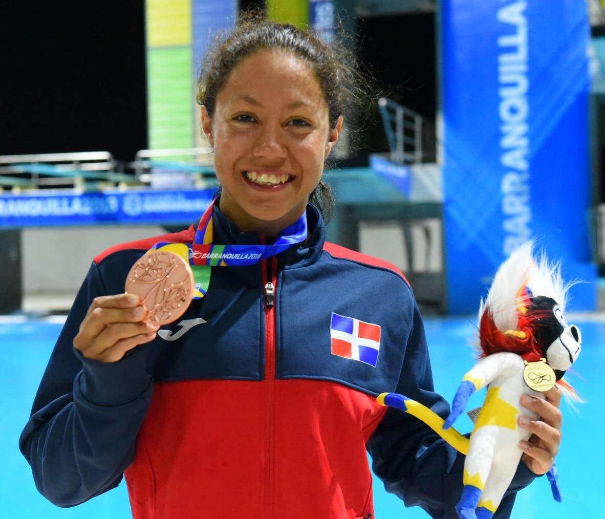 Natación de RD esperanzada con sus atletas para Juegos Olímpicos