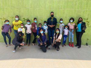 Centro Cultural Perelló realiza jornada reforestación con niños de la comunidad de Escondido