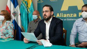 Alianza País dice Gobierno debió disponer ARS asuman costos de pruebas anticovid