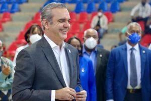 "Presidente Abinader: ""Nos encaminamoscon pasos firmes hacia la recuperación"""