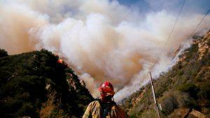 """Guterres advierte: """"estamos al borde del abismo"""" por la crisis climática"""