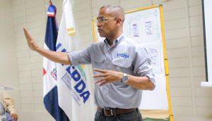 La UTEPDA conmemora en San Juan el Día nacional del Árbol; ofrece taller de capacitación a técnicos