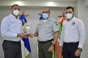 MOVIDO y Coalición Vial reconocen labor del director de la DIGESETT