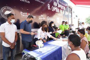 Ministerio de la Juventud inicia campaña para dotar de seguro médico gratuito a jóvenes de escasos recursos