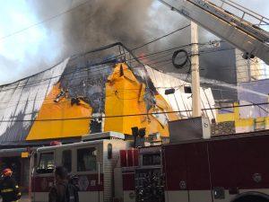 9-1-1 informa no hubo personas afectadas en incendio en tienda de bicicletas
