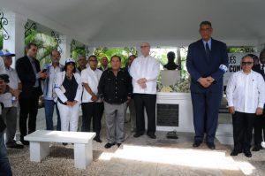Expresidente Mejía encabezará este lunes actos por el 23 aniversario fallecimiento de Peña Gómez