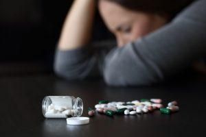 Imparte seminario sobre trastornos surgidos por uso de sustancias ilícitas