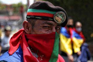Varios heridos en choques entre civiles armados contra indígenas en Cali