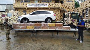 (VIDEO) Cesfront detiene jeepeta con 150 mil unidades de cigarrillos de contrabando en Dajabón
