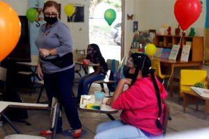 Puerto Rico intenta otra vez la vuelta a las aulas pese al nivel de contagio