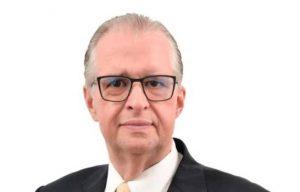 Carlos Fondeur renuncia de Coraasan; dice cargo lo limitaba como proveedor del Estado