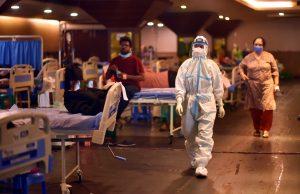 La India baja de los 330.000 casos y aumenta más de 3.800 muertes por covid