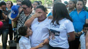 """""""No nos dejen ahora"""", piden las """"víctimas de abril"""" a opositores de Nicaragua"""