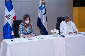 DGCINE y CERTV firman acuerdo para transmitir y difundir películas dominicanas