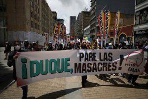 Denuncian ante CPI crímenes de lesa humanidad en manifestaciones en Colombia