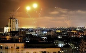 Más de 2.000 cohetes lanzados desde Gaza, según el Ejército de Israel