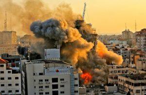 """EEUU busca la """"calma"""" en Oriente Medio aunque apoya derecho de Israel a defenderse"""