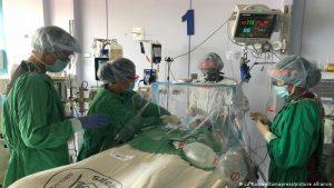 Costa Rica supera su máximo de muertes por covid por segundo día seguido