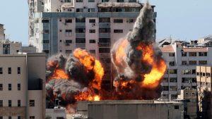 """""""El mundo sabrá menos de lo que pasa en Gaza"""", dice AP tras ataque a su sede"""