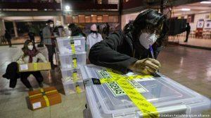 Autoridades sanitarias de Chile piden no celebrar resultados de megacomicios