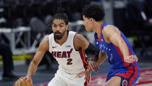 Heat superan a Pistons y preparan duelo de playoffs con Bucks