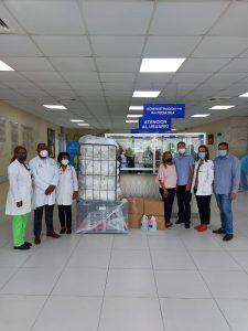 Maternidad San Lorenzo de Los Mina recibe donación de insumos para el Programa Mamá Canguro
