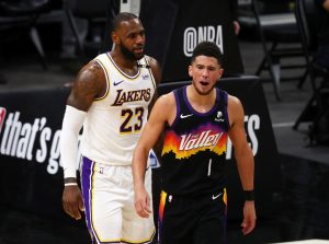 Los Suns calientan a los Lakers y los vencen en la ausencia de Anthony Davis
