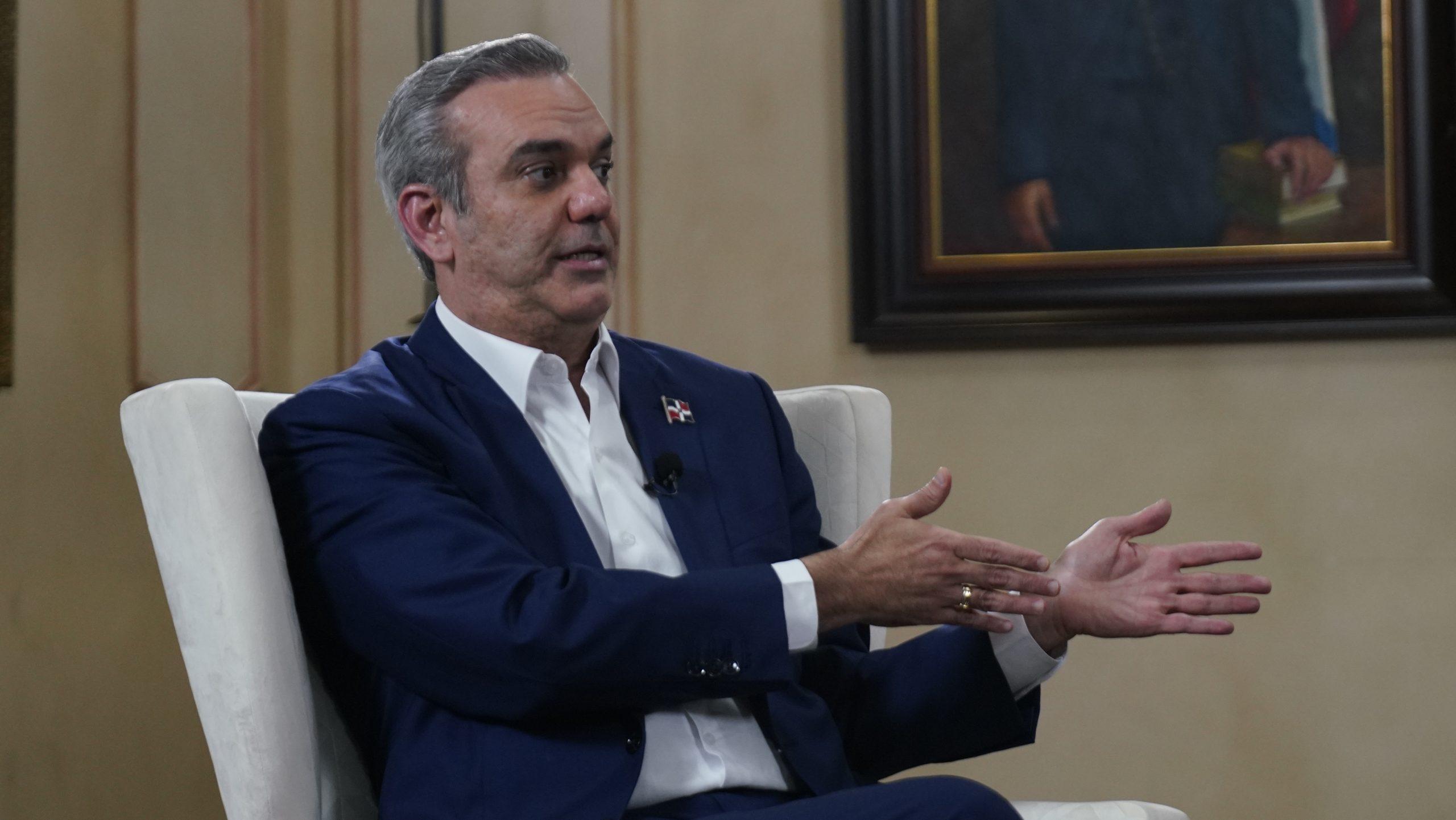 """Abinader anuncia autorizará importaciones para enfrentar alzas de precios  """"desproporcionadas"""""""