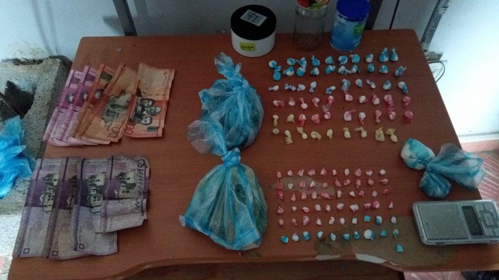 PN apresa a joven cargado de presuntamente drogas en Hato Mayor
