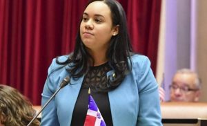 Valoran labor asambleísta De la Rosa y por eso la apoyan para concejal