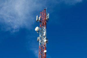 Exhortan a INDOTEL garantizar competitividad en sector de telecomunicaciones