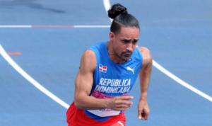 (VIDEO) Luguelín Santos asegura no ha recibido apoyo del ministro de Deportes