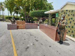 (VIDEO) Miembros del Ejército incautan dos cargamentos de cigarrillos en Pedernales y Bahoruco