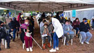 Paraguay vacunó cerca de 50.000 personas durante el fin de semana
