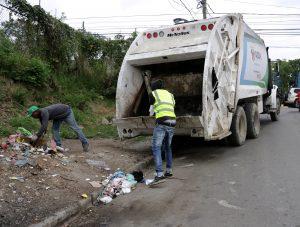 Alcaldía de SDN inicia en Sabana Perdida plan recolección de desechos
