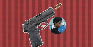 Mujer recibe disparo en el cuello al abrir la puerta de su casa en Sabana de la Mar