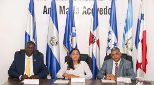 Presidenta del PARLACEN aboga se otorguen facultades vinculantes a ese órgano regional