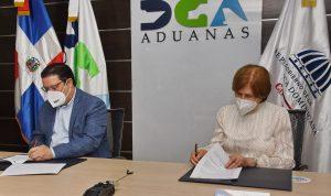Aduanas y Ministerio de Cultura firman acuerdo interinstitucional