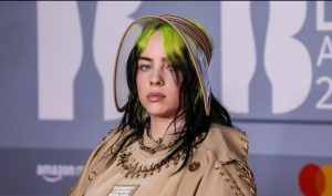 "Billie Eilish se apunta a la nostalgia ""analógica"" en su diario gráfico vital"