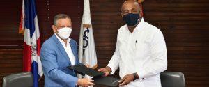 (VIDEO) Refidomsa firma acuerdo de trabajo con Energía y Minas para fortalecer sector energético