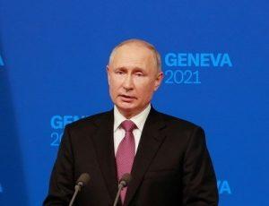Putin dice que Moscú y Washington pueden llegar a acuerdo de canje de presos