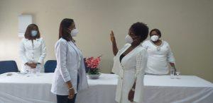 Juramentan nueva subdirectora de cuidados de enfermería en hospital Rodolfo de la Cruz Lora