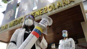 EE.UU. suaviza las sanciones contra Venezuela para la compra de vacunas