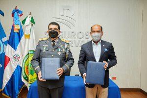 Seguros Reservas anuncia dispondrá de pólizas de seguros para socios de cooeprativaCOOPOL