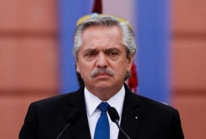 Presidente argentino demandará a líder opositora tras fracasar una mediación