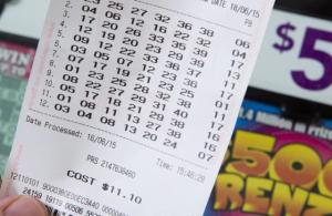 Obrero juega a la lotería y gana 47 millones de pesos en Argentina