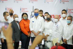 "Presidente Abinader encabeza lanzamiento de campaña ""Veganos 100% vacunados"""