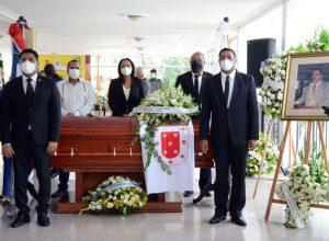Víctor D'Aza lamenta muerte de Sued y propone Alcaldía de Santiago lleve su nombre